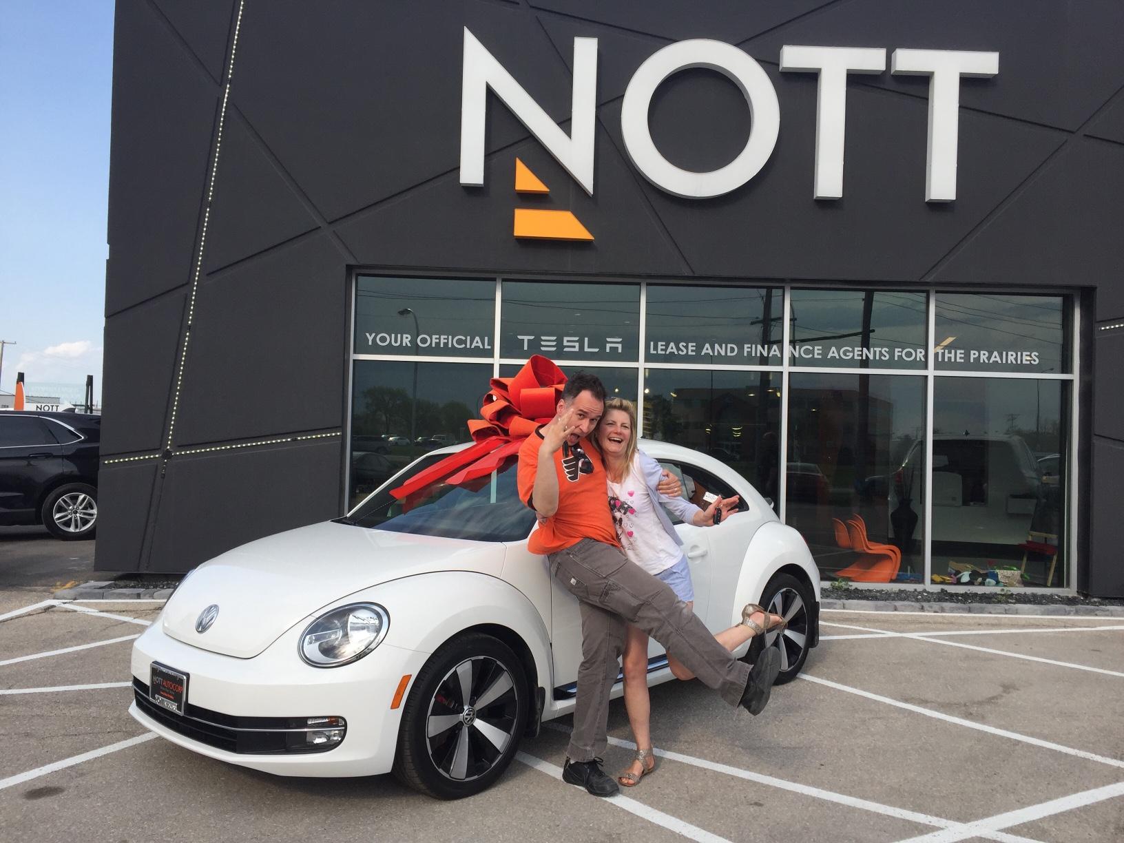 05-19-16_C4864_2012-Volkswagen-Beetle_Christine-Kurkowski