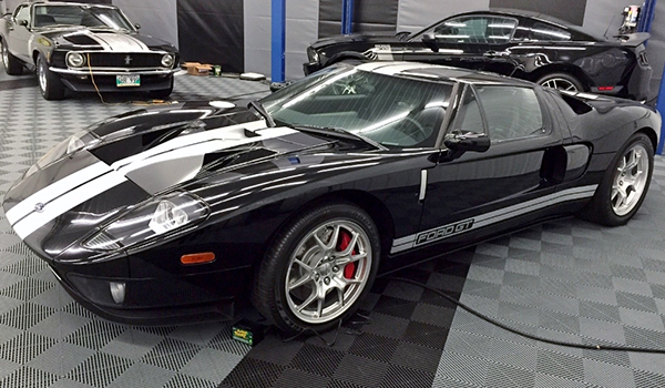 Ford GT in Wellington Crescent home