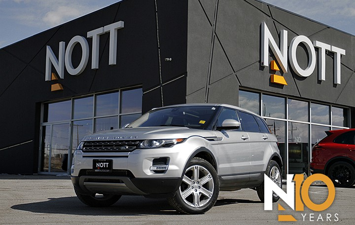 2015 Land Rover Range Rover Evoque Pure Plus For Sale In Winnipeg | AWD, Navigation, Pano Roof, *ONLY 28,200 KM*